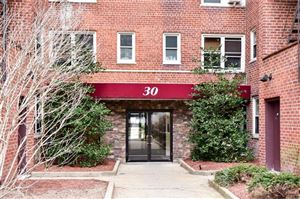 Photo of 30 North Broadway #5H, White Plains, NY 10601 (MLS # 4903220)