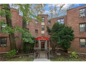 Photo of 98 Pearsall Drive, Mount Vernon, NY 10552 (MLS # 4748228)