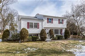Photo of 14 Somerset Drive, Yonkers, NY 10710 (MLS # 4737230)
