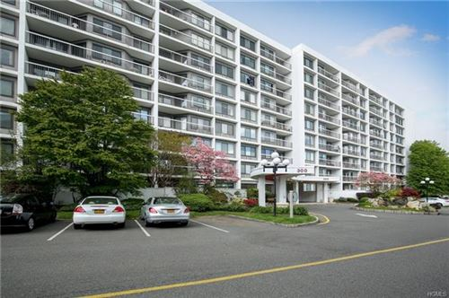 Photo of 300 High Point Drive #603, Hartsdale, NY 10530 (MLS # 5060234)