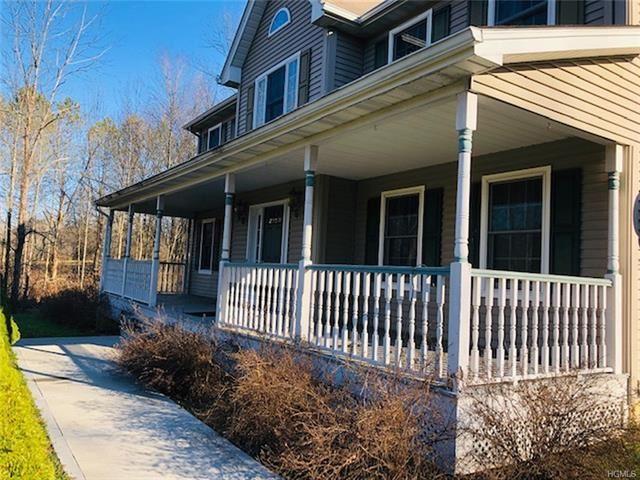 Photo of 23 Saddleback Ridge Road, Wallkill, NY 12589 (MLS # 5122257)