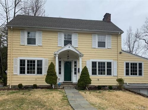 Photo of 19 Woods End Lane, Hartsdale, NY 10530 (MLS # 6027261)