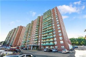 Photo of 1853 Central Park Avenue, Yonkers, NY 10710 (MLS # 4838265)