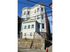 Photo of 359 Walnut Street, Yonkers, NY 10701 (MLS # 4801274)