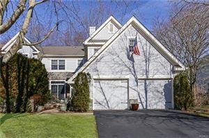 Photo for 15 Cobblefield Lane, White Plains, NY 10605 (MLS # 4915284)