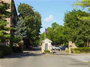 Photo of 1 Consulate Drive #3J, Eastchester, NY 10707 (MLS # 5022284)