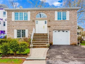 Photo of 33 Smith Place, Bronxville, NY 10708 (MLS # 5038293)