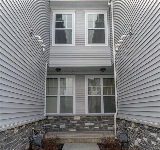Photo of 25 Lindentree Lane, Middletown, NY 10940 (MLS # 6014309)