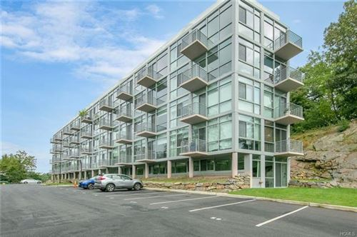 Photo of 250 South Central Park Avenue #3A, Hartsdale, NY 10530 (MLS # 6005327)