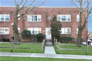 Photo of 160 Lincoln Avenue, Eastchester, NY 10709 (MLS # 4806357)