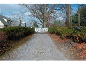 Photo of 540 Oakridge Parkway, Peekskill, NY 10566 (MLS # 4753359)