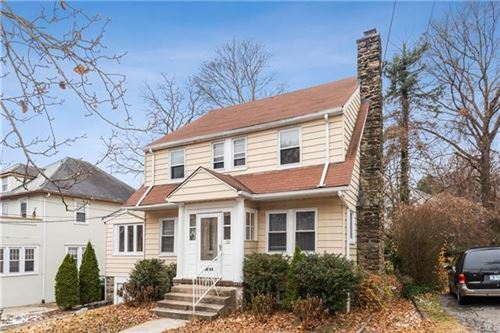 Photo of 50 Darwood Place, Mount Vernon, NY 10553 (MLS # 5124367)