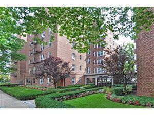 Photo of 625 Gramatan Avenue, Mount Vernon, NY 10552 (MLS # 4742369)