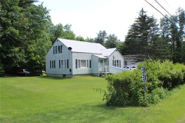 Photo of 1190 US Route 209, Cuddebackville, NY 12729 (MLS # 4957389)