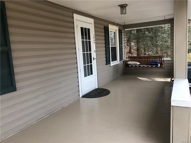 Photo of 1069 Route 211, Middletown, NY 10940 (MLS # 6013408)