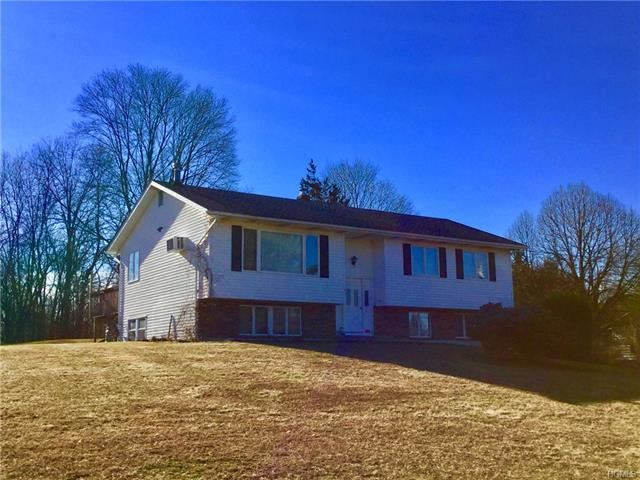 Photo of 14 Round Hill Road, Walden, NY 12586 (MLS # 5130425)