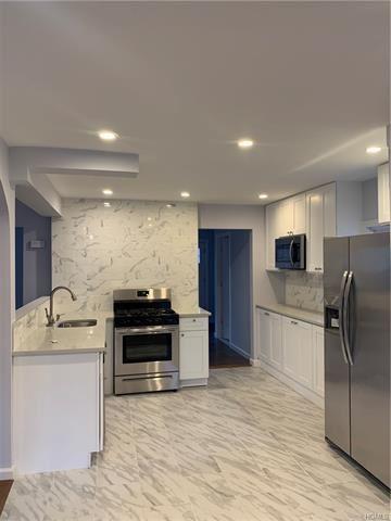 Photo of 42 Robinson Avenue, Bedford Hills, NY 10507 (MLS # 5125428)