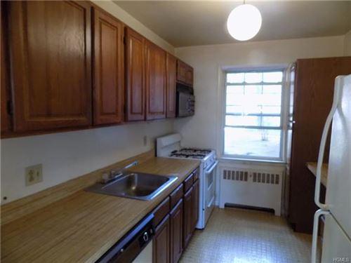 Photo of 2 Fieldstone Drive #17, Hartsdale, NY 10530 (MLS # 5124471)