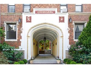 Photo of 31 West Pondfield Road #28, Bronxville, NY 10708 (MLS # 4722481)
