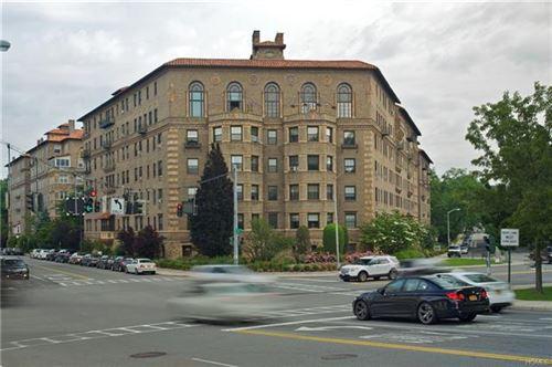 Photo of 14 North Chatsworth Avenue #5K, Larchmont, NY 10538 (MLS # 6022497)