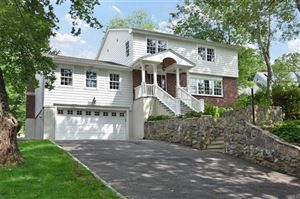Photo of 537 Stratton Road, New Rochelle, NY 10804 (MLS # 4959500)