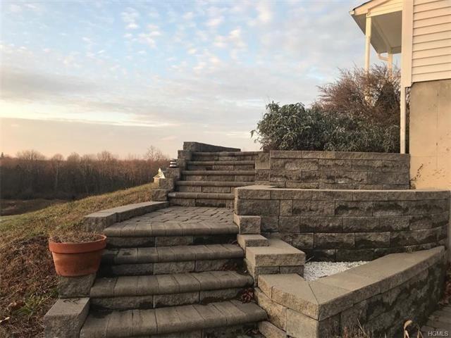 Photo of 23 Silo Ridge Drive, Wallkill, NY 12589 (MLS # 5125512)