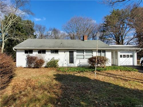 Photo of 5 Circle Drive, Mount Kisco, NY 10549 (MLS # 5057538)
