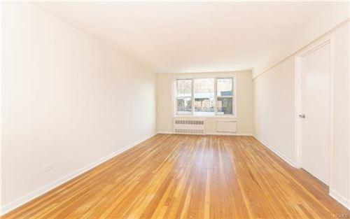 Photo of 2390 Palisade Avenue #6H, Bronx, NY 10463 (MLS # 5125556)