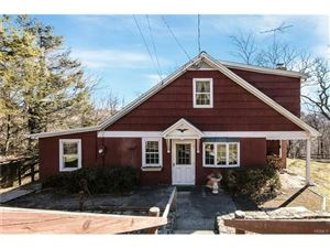 Photo of 21 Blenis Place, Valhalla, NY 10595 (MLS # 4802571)