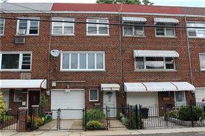 Photo of 268 Reynolds Avenue, Bronx, NY 10465 (MLS # 4838580)
