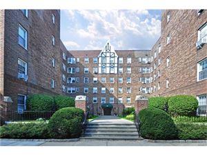 Photo of 25 Parkview Avenue, Bronxville, NY 10708 (MLS # 4744595)