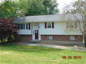 Photo of 118 Cherrywood Drive, Fishkill, NY 12524 (MLS # 4934597)