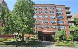Photo of 10 Old Mamaroneck Road #5E, White Plains, NY 10605 (MLS # 4922602)