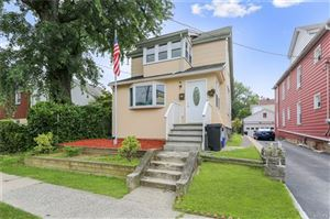 Photo of 118 Fortfield Avenue, Yonkers, NY 10701 (MLS # 5023622)