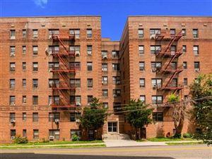 Photo of 43 Amberson Avenue #5E, Yonkers, NY 10705 (MLS # 5023626)