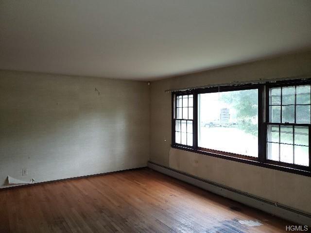 Photo of 205 Cardinal Drive, Montgomery, NY 12549 (MLS # 5097631)