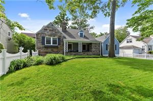 Photo of 16 Colonial Avenue, Larchmont, NY 10538 (MLS # 4926634)