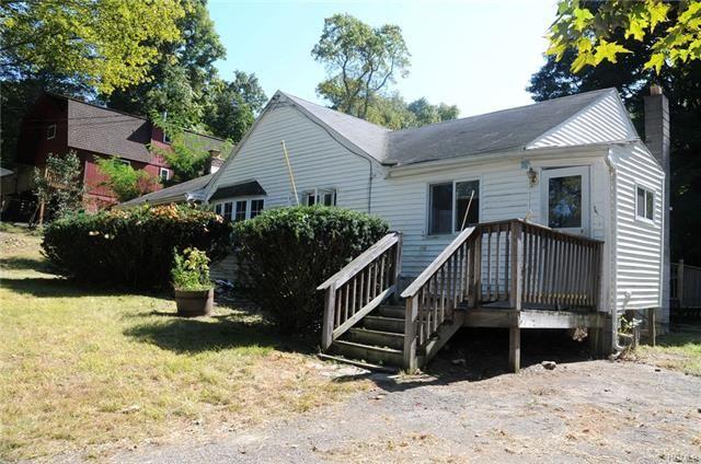Photo of 442 Strawridge Road, Wallkill, NY 12589 (MLS # 5089640)