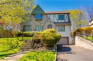 Photo of 39 Old Orchard Road, New Rochelle, NY 10804 (MLS # 4923653)