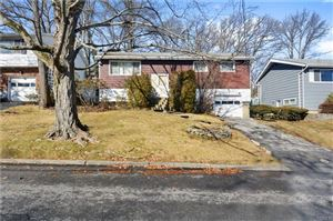 Photo of 67 Cherrywood Road, Yonkers, NY 10710 (MLS # 4804676)