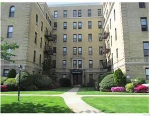 Photo of 43 Calton Road #1F, New Rochelle, NY 10804 (MLS # 4906681)