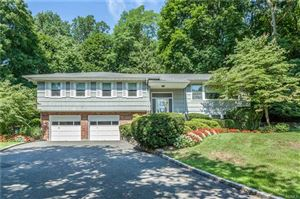 Photo of 5 Oriole Place, Rye Brook, NY 10573 (MLS # 4838683)