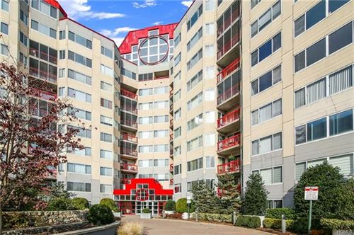 Photo of 10 Stewart Place #7GE, White Plains, NY 10603 (MLS # 5119686)