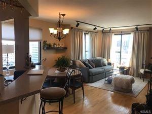 Photo of 10 Cottage Place #12-F, White Plains, NY 10601 (MLS # 4953705)
