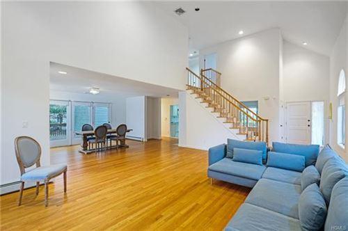 Photo of 4 Berkley Court, Briarcliff Manor, NY 10510 (MLS # 6003707)