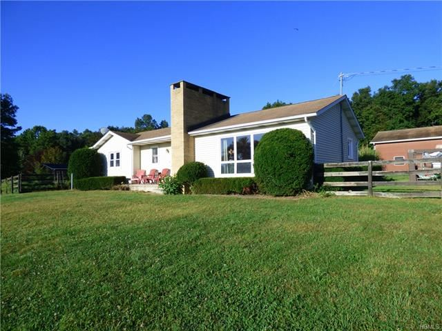 Photo of 51 Burnt Corners Road, Middletown, NY 10940 (MLS # 6013707)