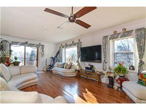 Photo of 8 Beech Place, Valhalla, NY 10595 (MLS # 4751708)