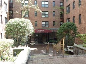 Photo of 10 Franklin Avenue #3D, White Plains, NY 10601 (MLS # 4926711)