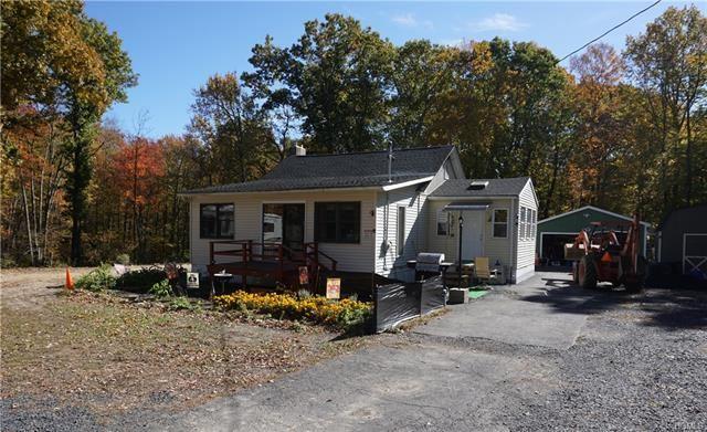 Photo of 210 New Unionville Road, Wallkill, NY 12589 (MLS # 5113716)