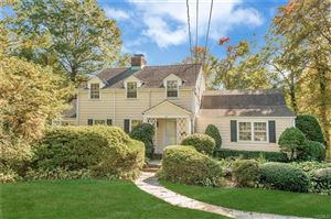 Photo of 28 Quentin Road, Scarsdale, NY 10583 (MLS # 5104717)